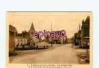 B - 85 - MAREUIL Sur LAY - La Grande Place - édit. Guitton - - Mareuil Sur Lay Dissais