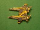 (pin512d)  Pin´s De Collection THEME : AVIONS / F-18 HORNET US NAVY BLUE ANGELS   Fabriqué Par Ou Pour ?????   Très Bon - Avions