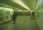 "BRUXELLES (métro) - L1 - ""Schuman"": Correspondance S.N.C.B. -  BRUSSEL (metro) - L1 - ""Schuman"": Aansluiting Met N.M.B.S - Transport Urbain Souterrain"