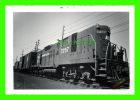 TRAINS PHOTO - PC 7257, ERS-17 - PENN CENT - DELANCO, NJ - APRL,11, 1971 - - Trains