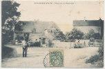 CHAUMERCENNE - Place De La Fontaine (animée ) - Autres Communes