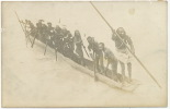 Real Photo  Nude Indigenous In  Boat . Indigenes Nus Manoeuvrant Une Pirogue Nlle Guinée ? - Cartes Postales
