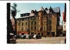 29.. Landerneau, Maison De La Duchesse Anne, Citroen 2CV, Renault 4L - Landerneau