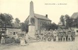 08 VAUX VILLAINE LE MONUMENT AUX MORTS - France