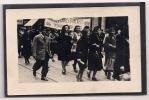 PHOTO - PARIS - Défilé De L'UNION DES FEMMES FRANCAISES - 1954  - Guerre D'Algérie - Bien Lire Description - Non Classés
