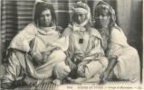ALGERIE GROUPE DE MAURESQUES - Femmes