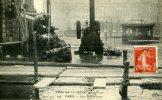 75-PARIS  CRUE DE LA SEINE 1910...GARE ST-LAZARE....CPA - Inondations De 1910