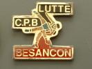 PIN´S LUTTE - BESANCON - Lutte