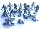 LOT DE + de 20 cosmonautes astronautes  spationautes en plastique gris