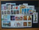 All Stamps 1993, Including Paper Difference   Tout Les Timbres 1993 Avec Variétés De Papier    Alle Briefmarken 1993 - Stamps