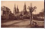 BAYEUX   ( Calvados  )  La Cathédrale N.D. Vue Du Boulevard - Bayeux