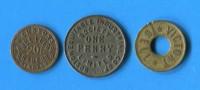 U.K   3 Jetons - Monetary/Of Necessity