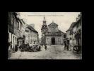 22 - MONCONTOUR - L'Eglise St-Mathurin Et La Place - 121 - Moncontour