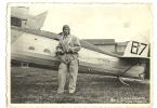 LE ROI LEOPOLD III AVEC SON AVION BEAU TIMBRE ET CACHET DE LA POSTE - Aviation