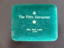 Set De 5 Pins   The Fifth Encounter  Entre Karpov Et Kasparov   New York -Lyon  Dans Son étui Original - Berühmte Personen