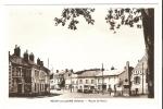 CPA - 58 - Nièvre - Neuvy Sur Loire : Route De Paris : Animation , Voitures, Garage , Monument Aux Morts ... - France