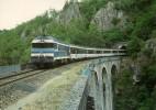 """LA CELLETTE (63) Le """"VENTADOUR"""" Lyon - Bordeaux CC 72012 Tunnel De La Celette Viaduc Sur Le Chavanon Juillet 1987 - Trains"""