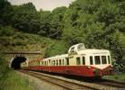 MONTHERME (08) Autorails X 3800  Plus Remorque XR Decauville Au Tunnel En Aout 1984 - Trains