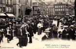 CPA - Sedan (08) - Journée Du 1er Septembre 1910 - La Sortie De La Messe, La Place De L'église - Sedan