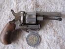 Petit Ancien Pistolet Alarme - Armes Neutralisées