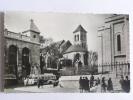 PARIS - Le Parvis Du Sacré Coeur Et La Vieille Eglise St Pierre De MONTMARTRE - Arrondissement: 18