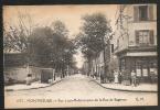 """1573 - MONTROUGE -- Rue Louis-Blanc Prise De La Rue De Bagneux - """"vespasienne"""" Face Au Café - Montrouge"""