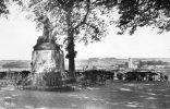 28 CPSM Chateaudun  Monument Aux Morts 1870 Et Vue Panoramique Sur St Jean - Chateaudun