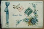 Carte Gauffrée Un Oiseau Amene Un Message - Bonne Fete - Fantasia