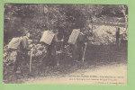 Frontière Franco Suisse : Contrebandiers En Marche Dans La Montagne, Ligne Française. Douaniers. 2 Scans. Edition Michau - Aduana