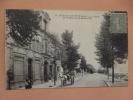 Cp Romilly Sur Seine Le Casino Et Avenue De La Boule D'or - Romilly-sur-Seine
