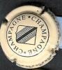 Capsule Champagne N° 583, Fond Crème Avec Blason, écriture Noire - Capsules & Plaques De Muselet