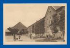 ABBAYE N. D. DE SCOURMONT . -  FORGES-CHIMAY.-  Cour De La Grange. (C.P.A. - Petite Animation.) - Zonder Classificatie