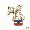 PIN´S Sport - Fédération Française De Karaté. Non Estampillé. EGF. T011-17. - Judo