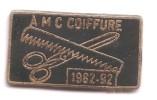AB392 Pin´s Coiffure Coiffeur AMC Peigne Ciseaux Qualité Egf Achat Immediat - Badges