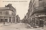 SAINT PIERRE DES NIDS - Rue Du Bourg L'Abbé - Commerces Pompe à Essence - Francia