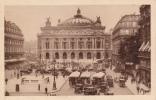 Paris - La Place De L´Opéra - - Taxi & Carrozzelle