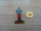 "Pin's ""maxauto"" (garagiste, Pots D'échapements) - Badges"