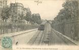 75 PARIS LE METROPOLITAIN A MONTMARTRE BOULEVARD ROCHECHOUART - Metro, Estaciones