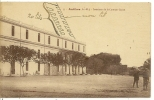 55 - ANTIBES - INTERIEUR DE LA CASERNE GAZAN ( Animées ) - Antibes