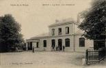 Revin - La Gare, Vue Extérieure - Vallée De La Meuse - Revin