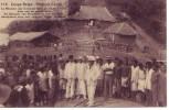 CONGO BELGE = Le Ministre Des Colonies Dans Un Poste D'achat Tenu Par Un Capita Noir - Belgian Congo - Other