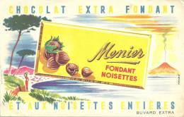 Buvard  Chocolats  Menier Fondant Extra Fondant Noisettes  Plage  Volcan - Cocoa & Chocolat