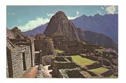 Cp, Pérou, Machupicchu, Panorama Central, Con El Templo Del Sol Y Huaynapicchu Al Fondo - Pérou