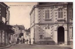 Savennières..animée..belle Vue De La Mairie - France