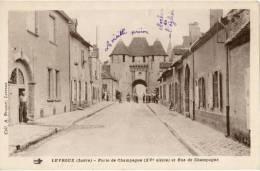 36 - Levroux - Porte De Champagne Et Rue (petite Animation) - GM_V6 - Non Classés