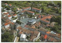 La Couronne  Vue Aérienne , L' Hôtel De Ville Et L'église St Jean Baptiste - Other Municipalities
