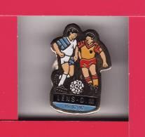 Pin´s LENS - O.M Le 15.02.1992  Football - Football