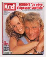 Paris Match 2439 22/2/1996 Johnny Hallyday Et Laeticia, Madonna, Les Sectes, Anthony Quinn - Gente