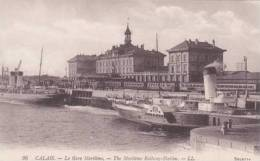 FRANCE - CALAIS -THE MARITIME RAILWAY STATION. PADDLER - Calais