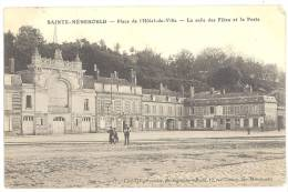 CPA 51 - SAINTE MENEHOULD - Place De L'Hôtel De Ville - La Salle Des Fêtes Et La Poste - Sainte-Menehould